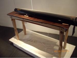 IKEA的聯想-桌腳線條優美