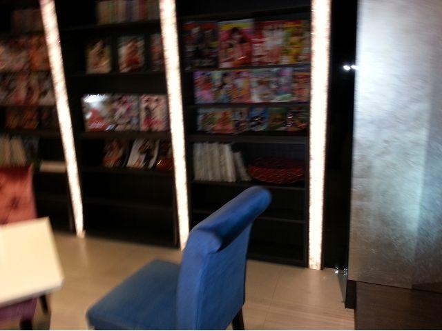 地下街商場木工裝潢-書報展覽架